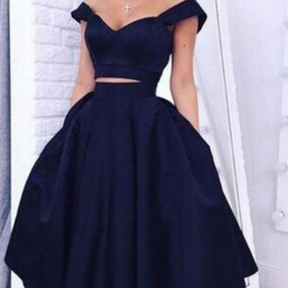 Gorgeous Two-piece Off-the-shoulder..