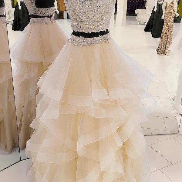 New Arrival Two-Piece Halter Champagne Tulle Long Prom/Evening Dress with Appliques
